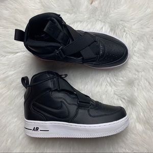 Nike Air Force 1 Highness Black